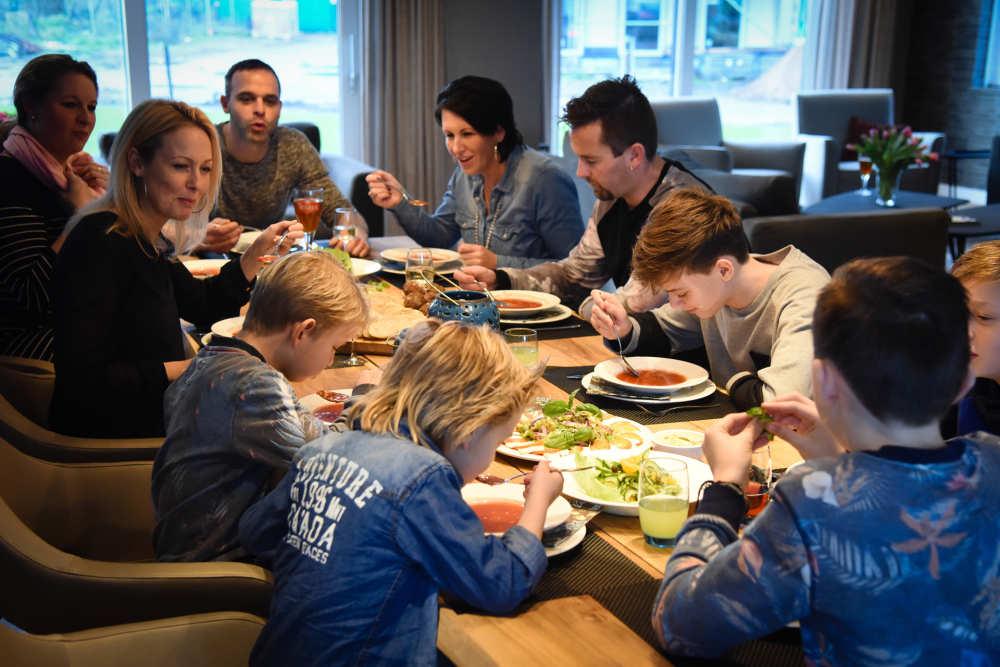 Bungalowpark 't Hoogelandt, Luxus Villa mit Wellness
