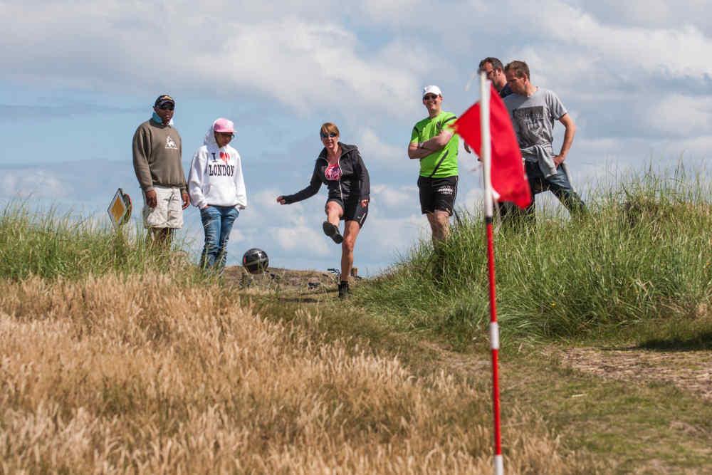 Teambuilding Texel, voetgolf