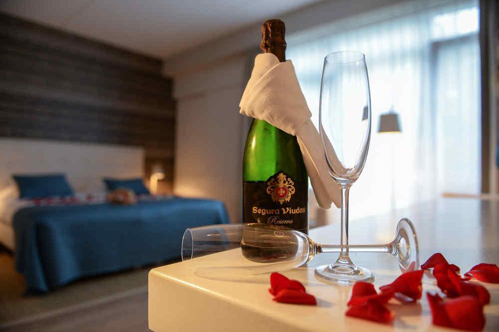 Hotel Molenbos, Champagne
