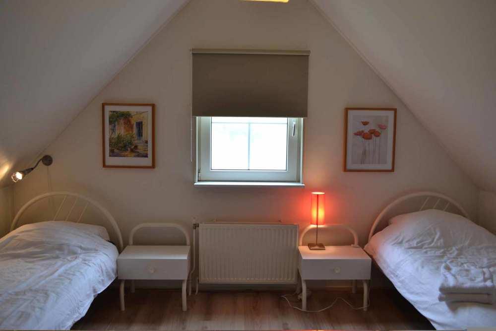 Tjasker 14 slaapkamer boven2.jpg