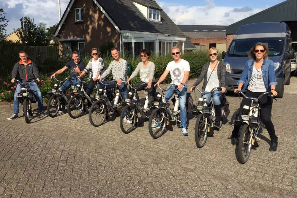 Rent Solex with friends