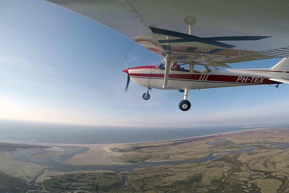 Round trip flight with Tessel Air