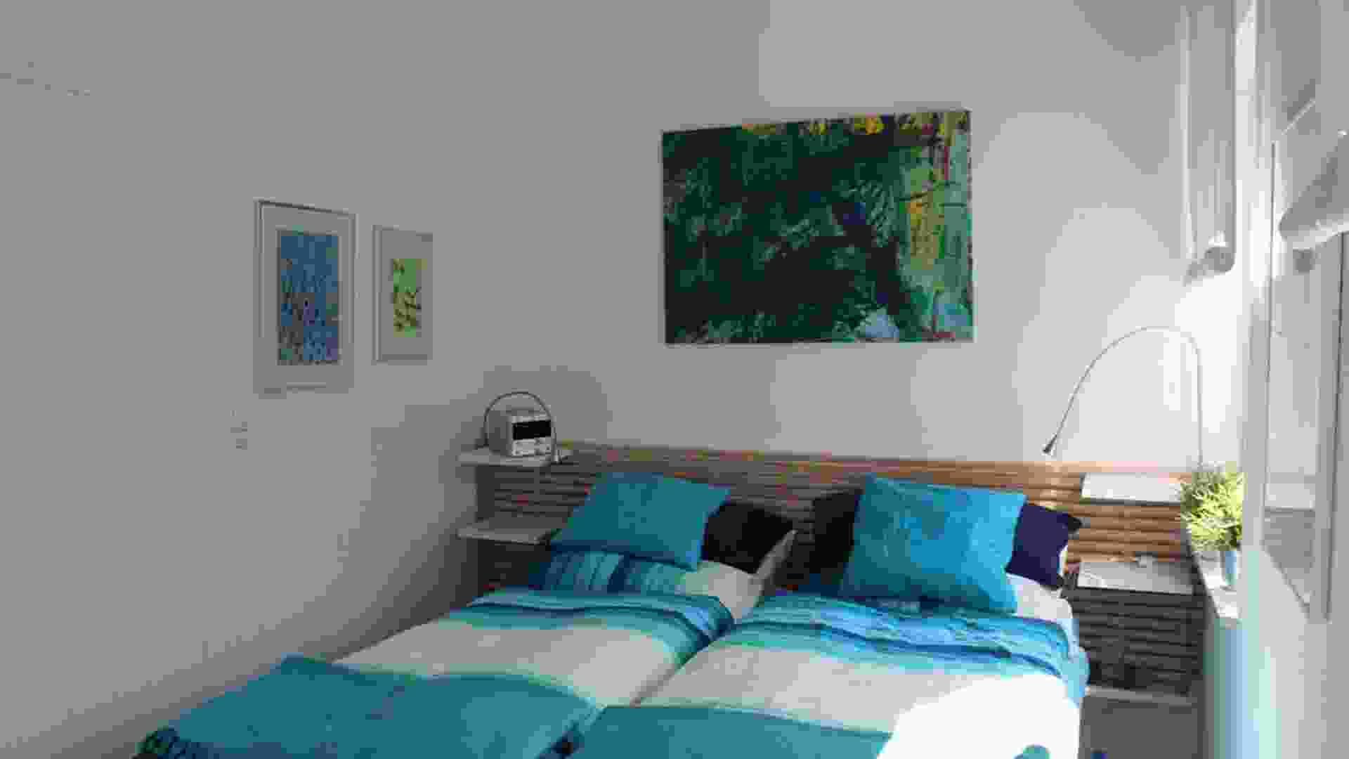 Foto 9, slaapkamer met twee persoons