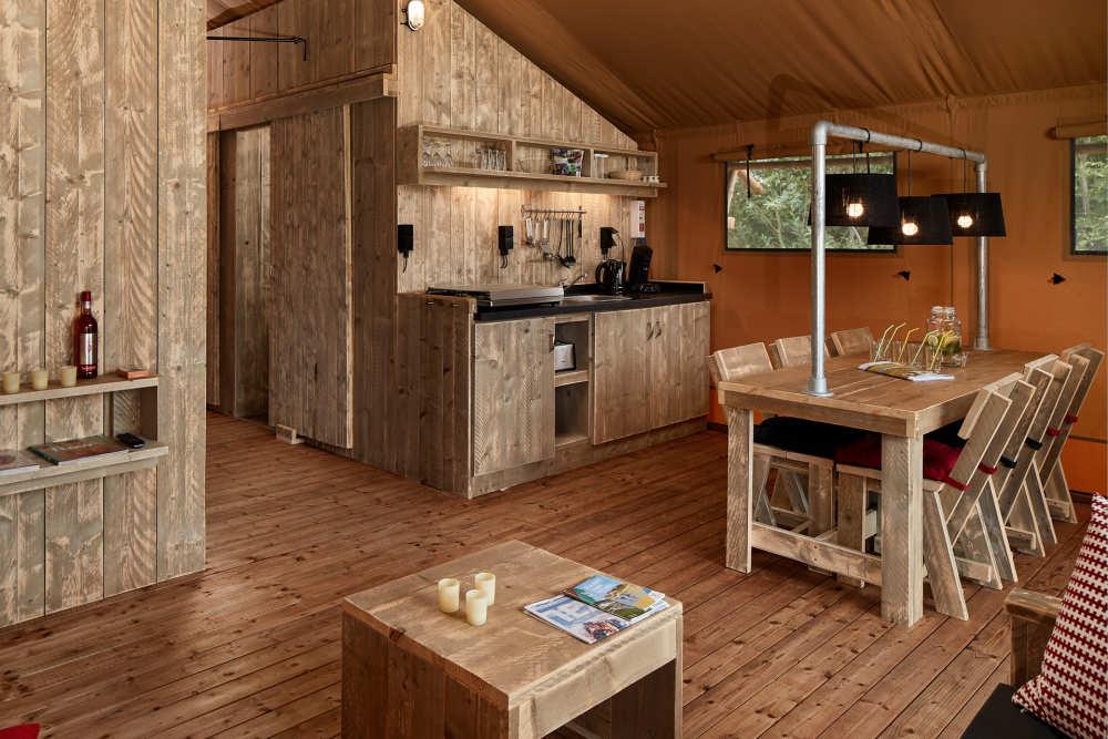 Interior Safari Lodge auf Camping De Krim