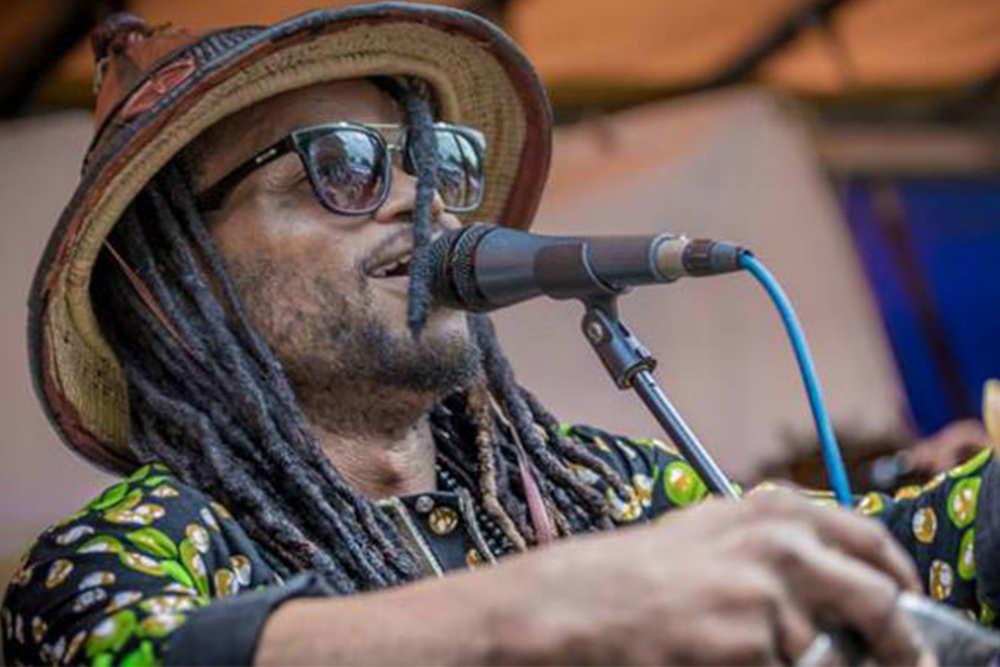 Sänger auf Tropical Sea Festival
