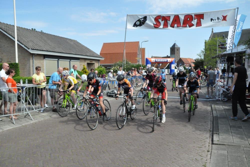Ronde van Oosterend, start youth