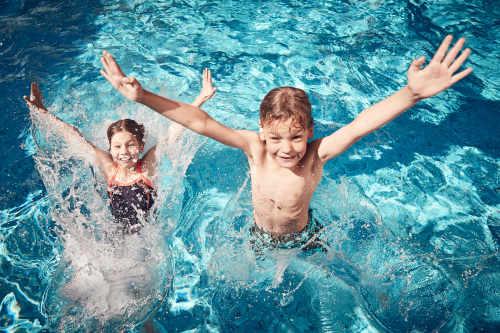 Neu: Schwimmbad