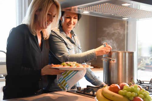 Bungalowpark 't Hoogelandt, luxe villa, koken