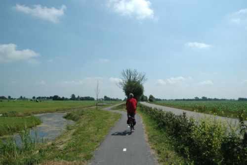 Fahrrad- und Wanderrouten