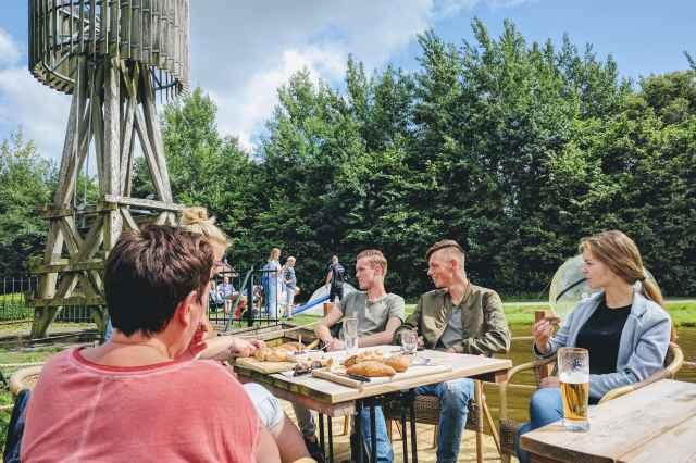 Bourgondisch arrangement Villapark de Weerribben Overijssel