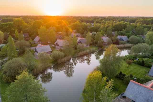 Last minute Pinksteren 2020 Vakantiehuis Overijssel Villapark de Weerribben