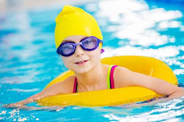 Swimming pool Hesselingen