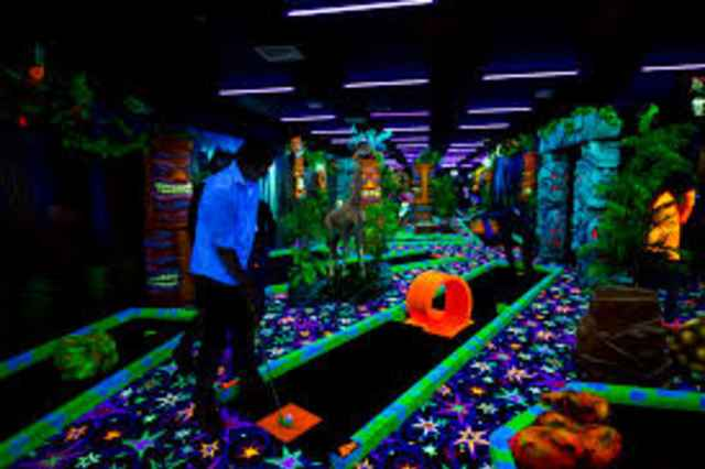 Glowgolf Zwolle