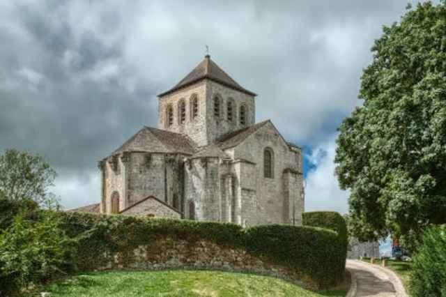 Abbaye du Chalard
