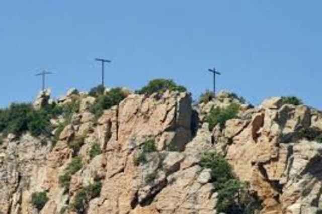 Les 3 Croix du Rocher