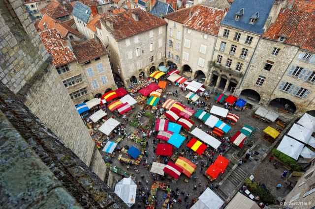 Markt Saint-Antonin-Noble-Val
