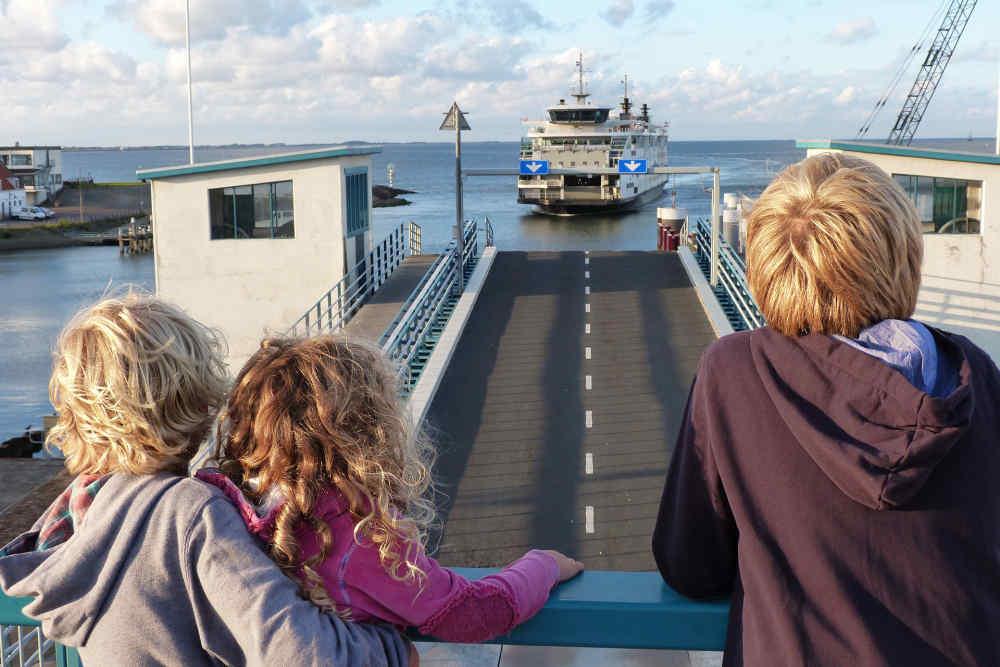 Veerboot naar Texel, aankomst in Den Helder