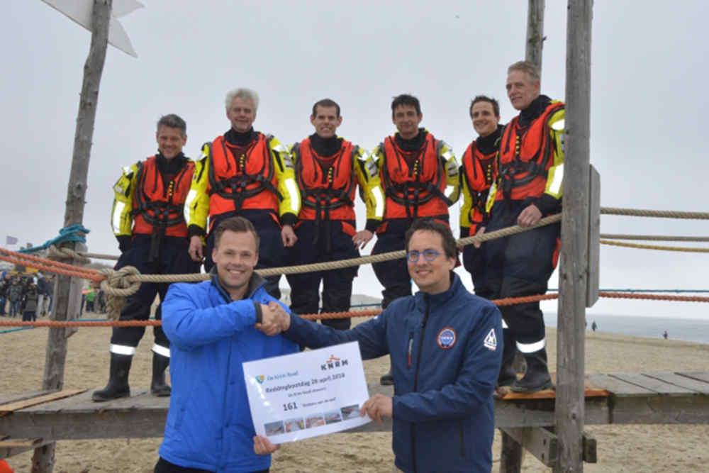 Reddingbootdag KNRM, De Krim Texel doneert