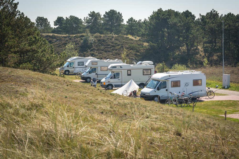 Camping Loodsmansduin, camperplek binnen de poort