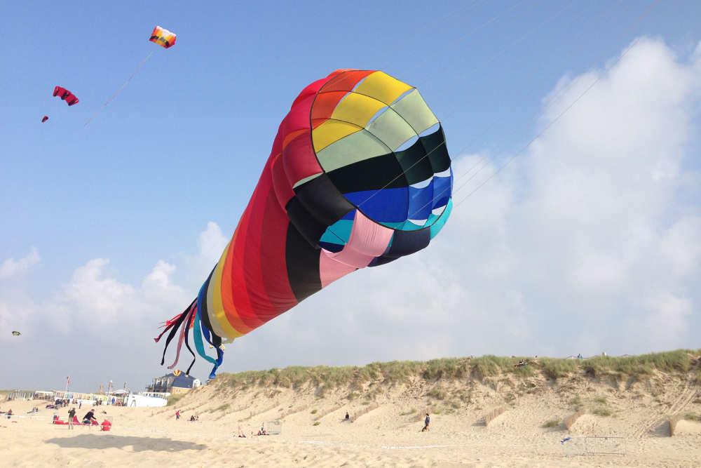 Vlieger, strand
