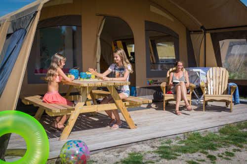 Camping Loodsmansduin, ingerichte boogtent