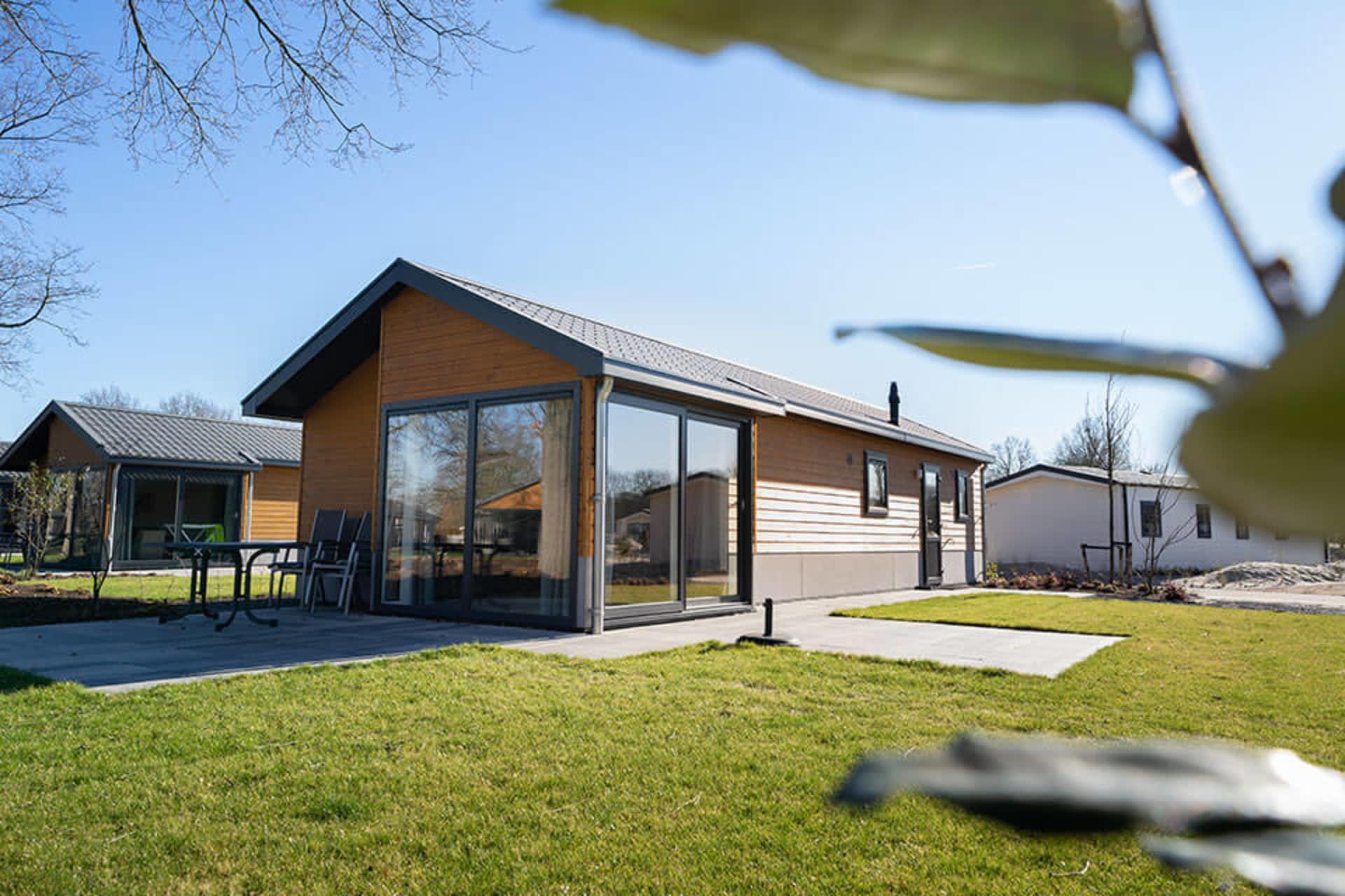 EuroParcs Resort Zuiderzee Velthorst 4 draußen